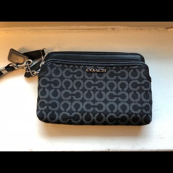 f013ddd311f63 Coach Handbags - Authentic coach clutch BARELY USED!